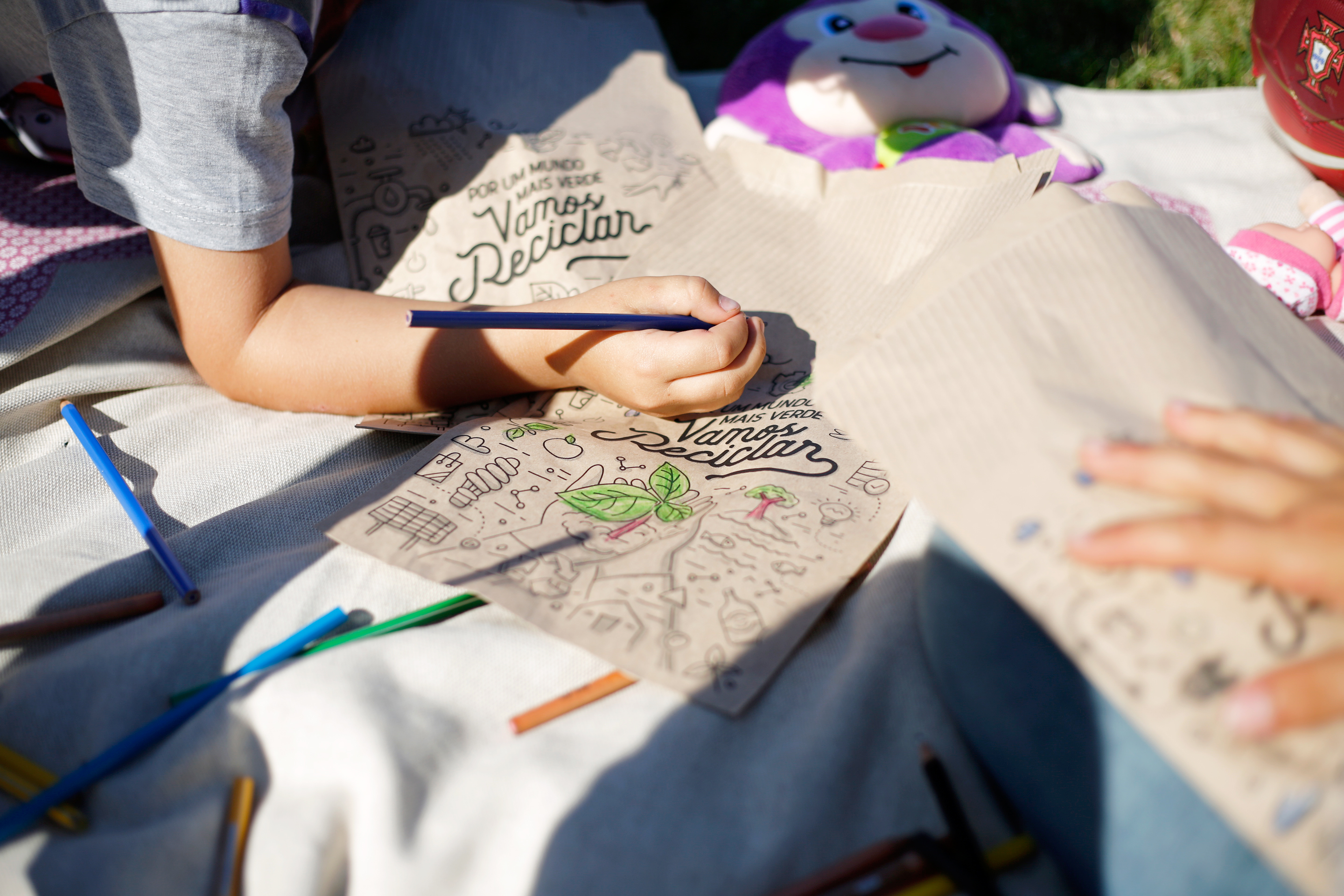 Bolseira's World: Conscientious bags full of children's dreams
